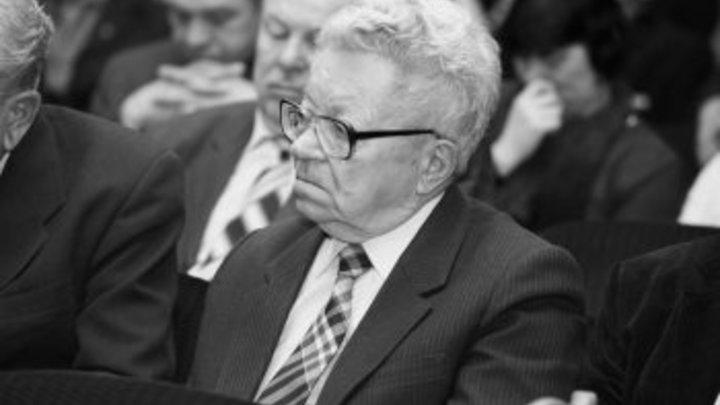 В Новосибирске скончался известный политик Владимир Боков