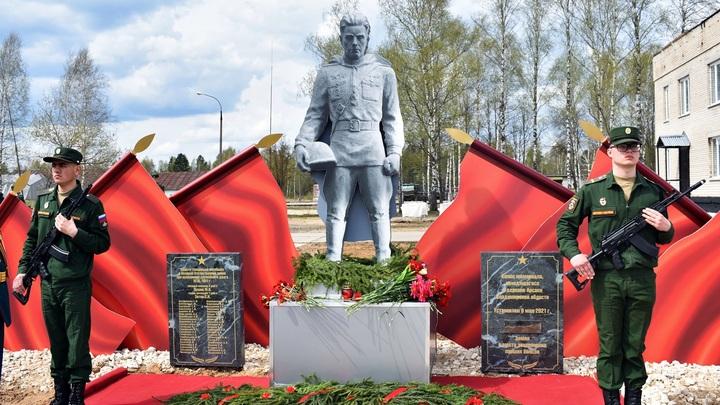 В Гусь-Хрустальном районе появилась копия мемориала из Александровского района