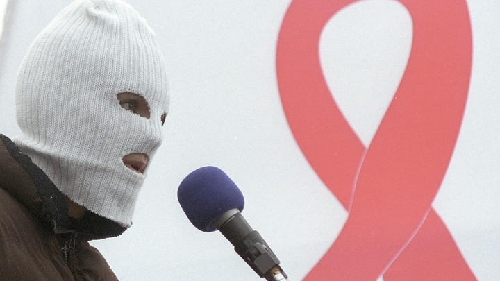 Эпидемия ВИЧ или болезнь роста? В 30 городах России заболеваемость на пике - выше среднего в 2-4 раза