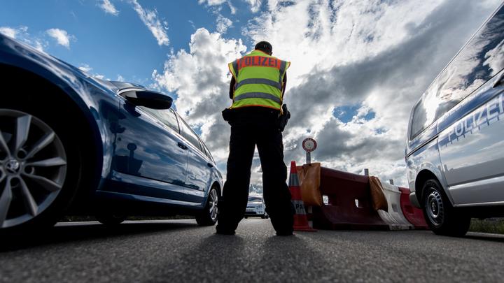 Полиция Швейцарии установила личностьнапавшего с бензопилой на прохожих