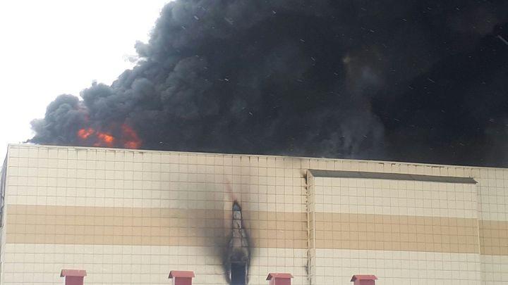 У людей было меньше 10 секунд, чтобы убежать: Опубликовано видео начала пожара в Кемерове