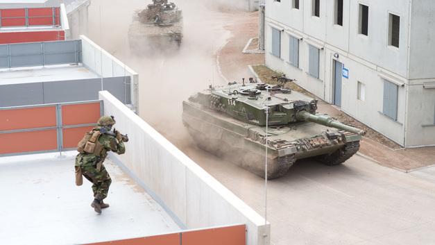 Все из-за НАТО: В Германии две трети новой военной техники вышло из строя