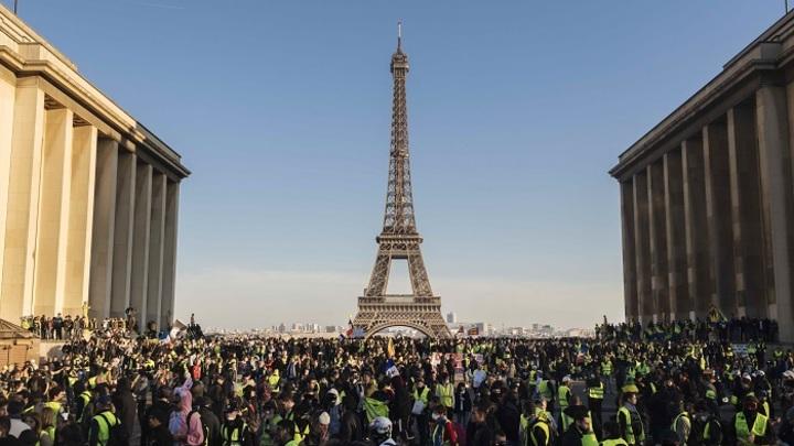 Франция:«Ползучая революция» продолжается