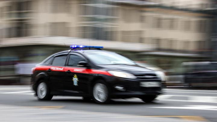 В Кузбассе водитель грузовика убил пешехода за брошенный в окно камень