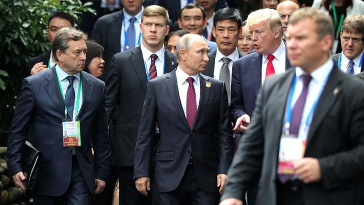 «Точно задам этот вопрос»: Трамп в разговоре с Путиным вновь заведет шарманку о «вмешательстве России»