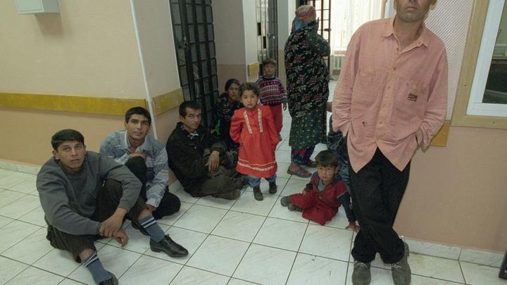BAZA: Полиция решила перетрясти мигрантов в Москве. На учёт - десятками