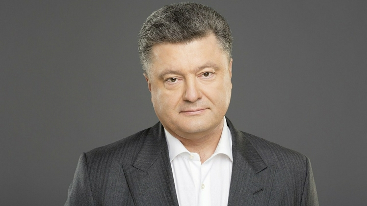 И это официально: При дефицитном бюджете Украины доходы Порошенко выросли более чем в 12 раз