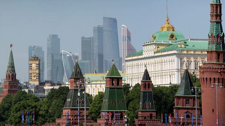 Путин поручил археологам раскопать здания приказов XVI-XVII веков в Кремле