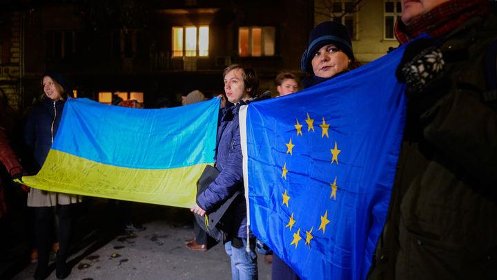 Безвиз превратил Украину в страну-колонию – депутат Верховной рады