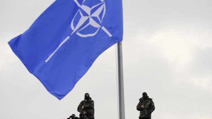 Столтенберг угрожает расширить присутствие НАТО в Черном море