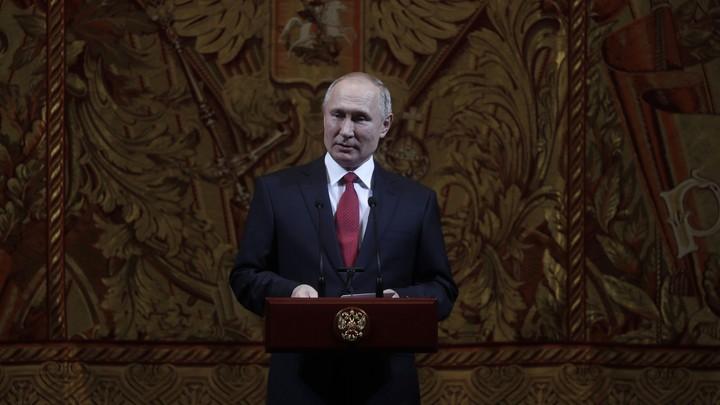 На месте храма могли быть террористы: Путин посетил старейший православный храм Дамаска