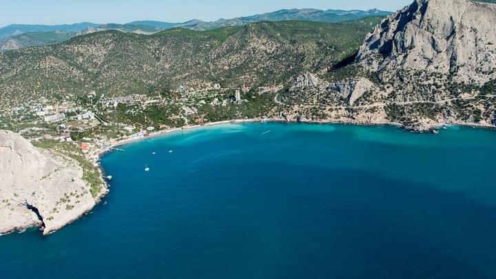 Скандальный отель в Алуште будет платить за аренду пляжа 64 млн рублей
