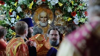 За три дня в Петербурге мощам святителя Николая поклонились более 66 тысяч человек
