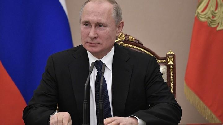 Нет симпатии, есть поддержка: Исследование Левада-центра о Путине спорит само с собой