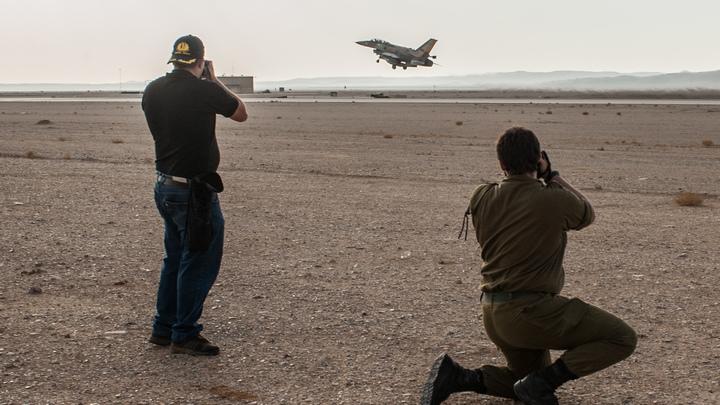 Израильские ВВС сымитировали атаку на ливанские города