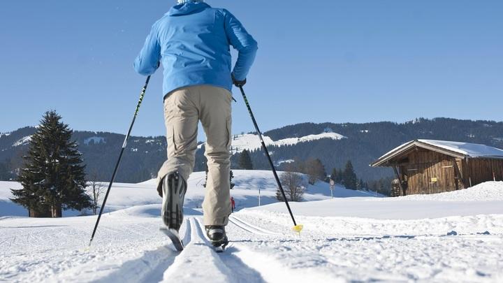 Пермский охотник ради спасения друга шел 10 часов на лыжах