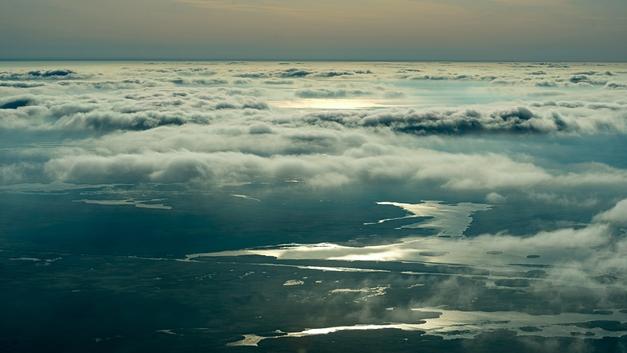 Серебристые облака над Москвой образовали кристаллы