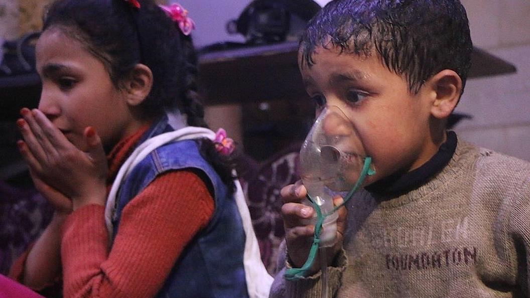 Детям - $100, родителям- $500: Опубликовано видео подготовки«Белых касок» к съемкам «химатаки» в Сирии
