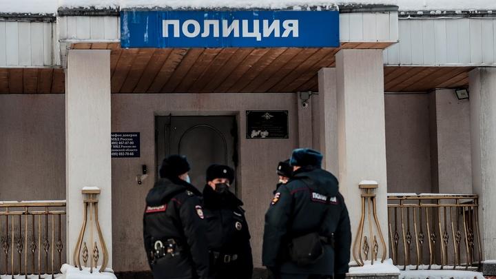 В Ростове активисток Навального отправили под арест за хулиганство и призывы к беспорядкам