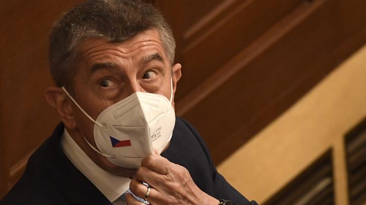 Чехия перевела стрелки на Европарламент, заявив о вмешательстве в выборы