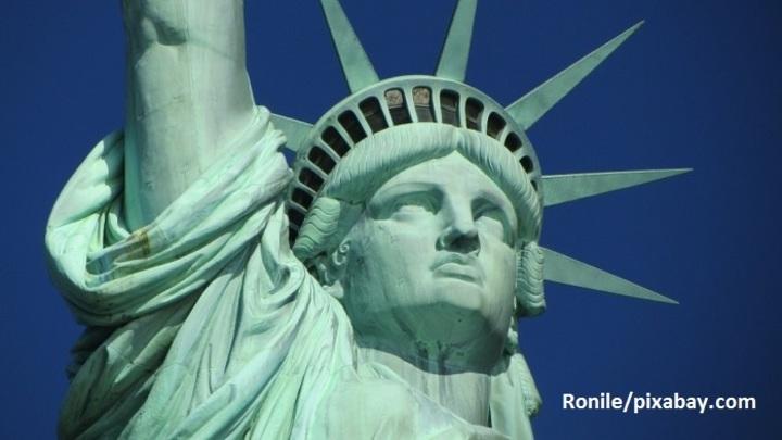 В США назначен новый генпрокурор взамен бунтарки Салли Йейтс