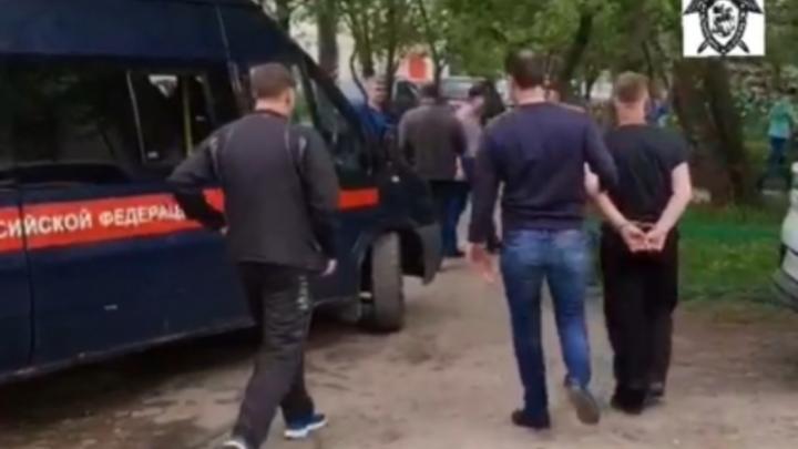 Появилось видео задержания предполагаемого убийцы 12-летней девочки под Нижним Новгородом