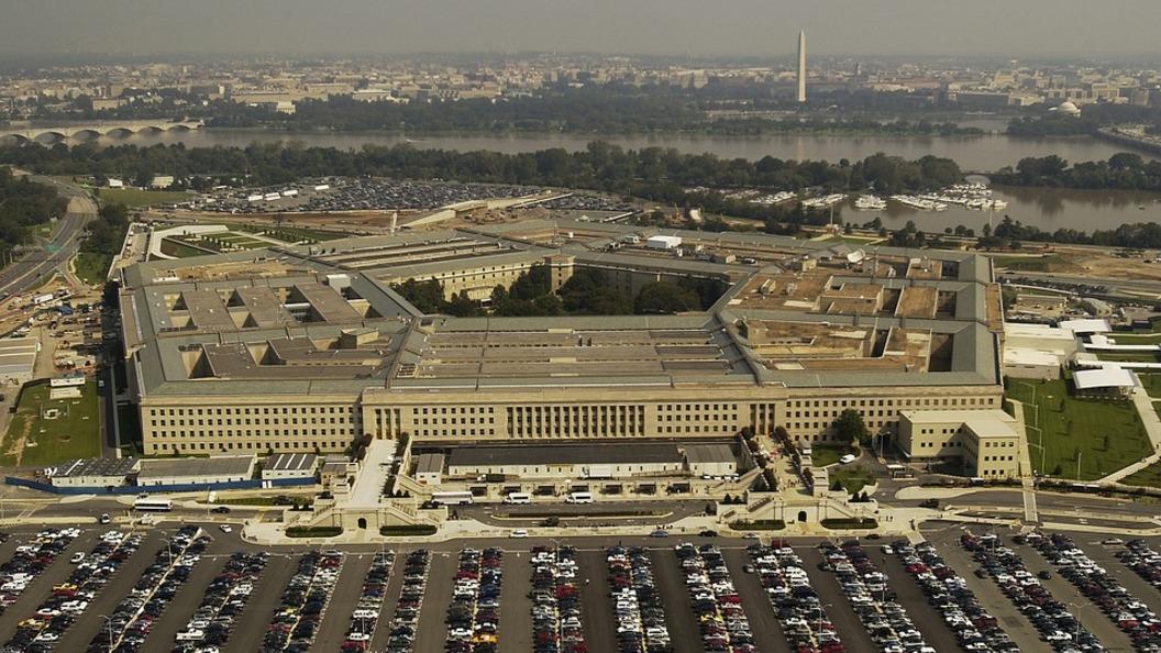 Мэттис: США ограничатся обвинением Ирана в поддержке мирового терроризма