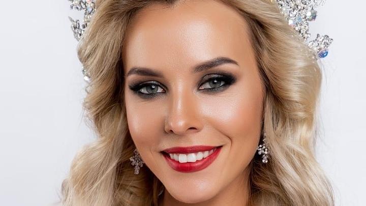 «Миссис Санкт-Петербург 2020» Валерия Тулаева: толкает «Жигули» и превращается в Царевну-лягушку