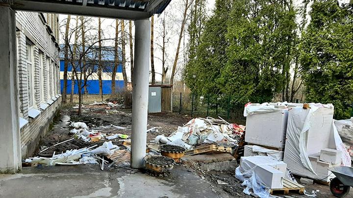 «Горько осознавать»: директор Лукашевской школы-руины честно ответил губернатору Ленобласти