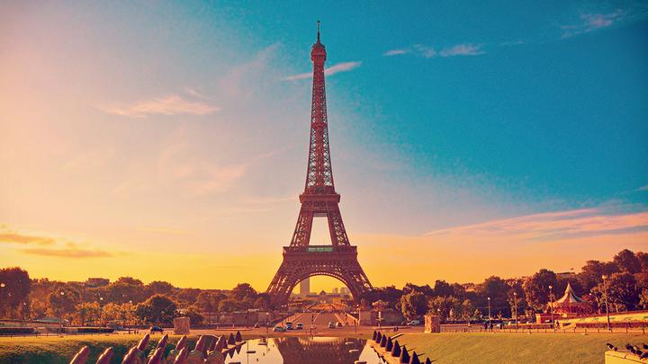 Глава МВД Франции: Террористы в Telegram обсуждали атаку с ядами