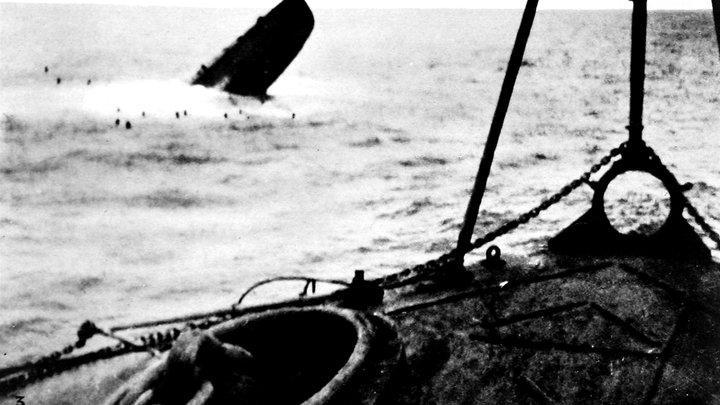 Изогнутые агонией люди сгрудились в кучу на дне: Восемь американцев погибли в плавучем гробу