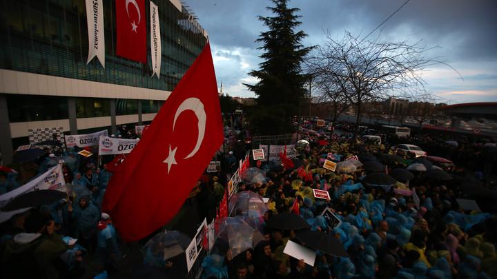 Анкара видит руку Гюлена в скандальном инциденте на учениях НАТО