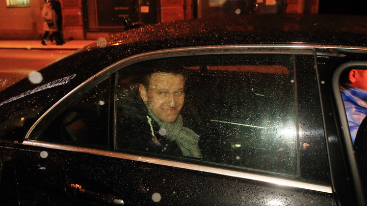 Это обычный подонок: в травле фермера Олега Сироты обвинили Навального
