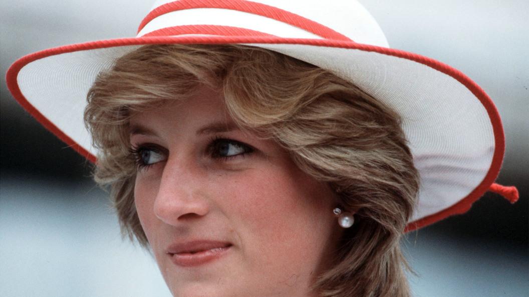 Принц Гарри обвинил папарацци в гибели его матери принцессы Дианы