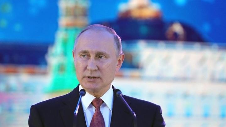 Владимир Путинв новогоднем обращении поблагодарил каждого за веру в Россию