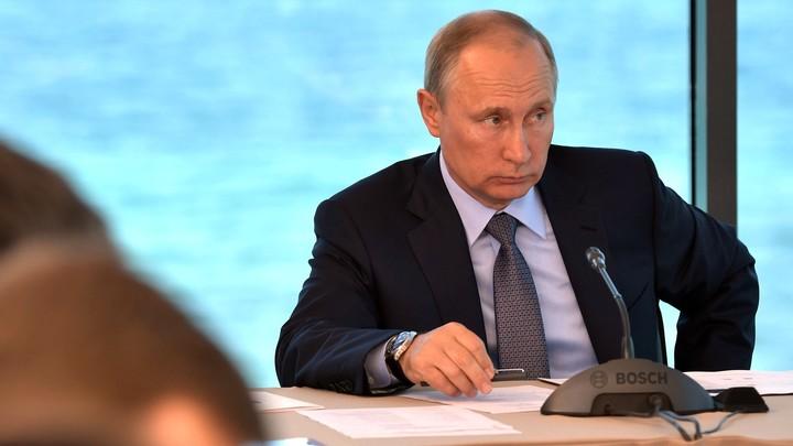 Путин: Организаторы групп смерти ничем не отличаются от убийц
