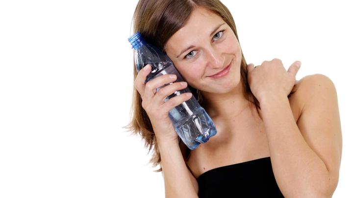 Создать эталон: Роспотребнадзор предложил удар по контрафакту питьевой воды