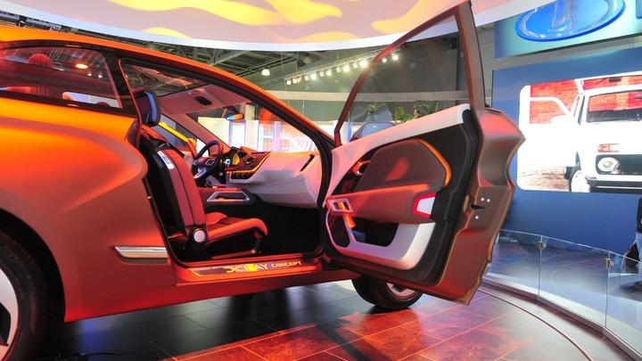 Для города и бездорожья: «АвтоВАЗ» рассекретил концепцию двух новых внедорожников