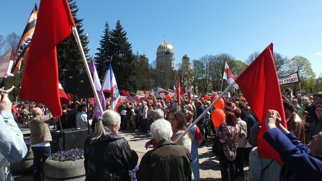 Вы здесь не нужны, уезжайте: Минюст Латвии объявил кампанию травли русскоязычных
