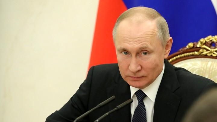 Чем жёстче, тем короче: Путин объяснил, как сократить период эпидемии в России