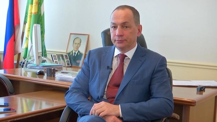 С вилами на танк: Глава Серпуховского района против губернатора Подмосковья