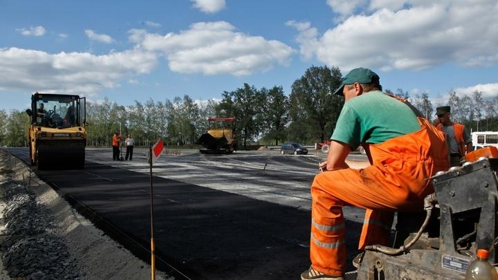 За лето в Екатеринбурге отремонтируют 42 километра дорог