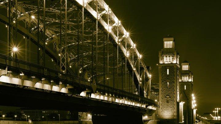 В праздничные ночи в Санкт-Петербурге не будут разводить мосты