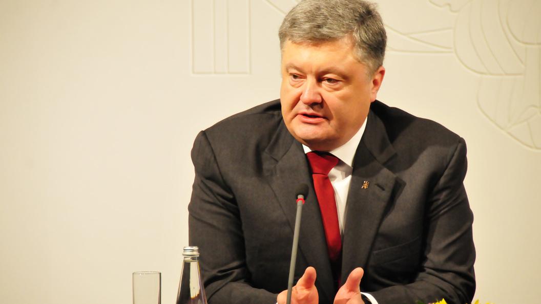 Порошенко введет биометрический контроль для граждан России