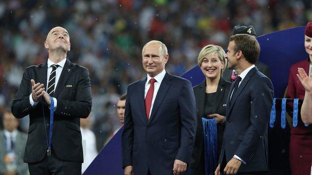 Мы показали миру футбол: Путин оценил выступление сборной России на ЧМ-2018