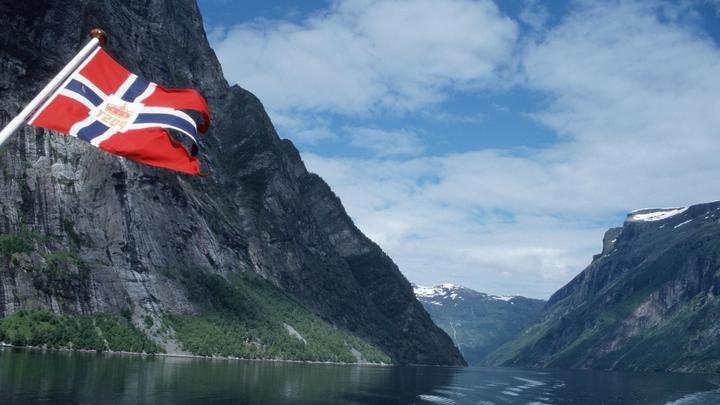 Норвегия бьет тревогу из-за арктических разведчиков России и Китая