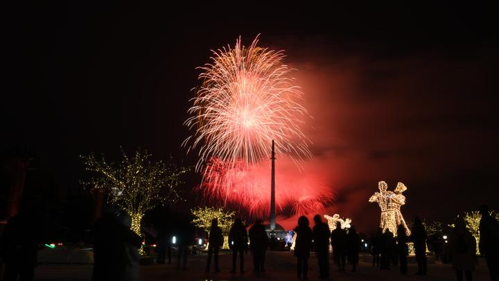 Власти пообещали устраивать фейерверки по выходным в честь 800-летия Нижнего Новгорода