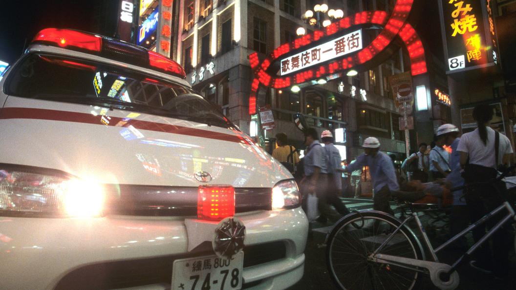 В Японии перевернулся автобус с туристами