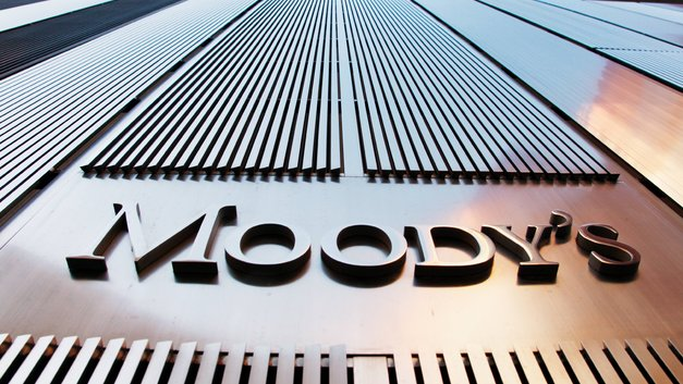 Moody's: Укрепление доллара не сильно повредит России