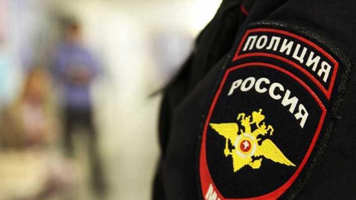 В Новосибирске задержали коллекторов за вымогательство и порчу имущества